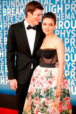 Mila Kunis Gushes Over Husband Ashton Kutcher I Got A Man That Has Got A Lot Of Patience Independent Ie