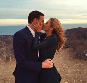 Ryan Lochte Proposes To Playmate Girlfriend Of Nine Months Kayla Rae Reid Independent Ie